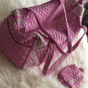 Vera Bradley Bags - 💞VERA BRADLEY 💞duffle, travel bag and makeup bag